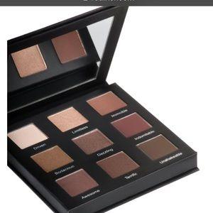 Realher eyeshadow palette
